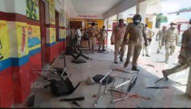 पंचायत चुनाव में मिर्जापुर में फर्जी वोटिंग को लेकर हुई हिंसा, SDM और CO की गाड़ी तोड़ी