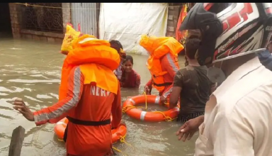 चक्रवात यास के तबाही में देवदूत बनी NDRF की टीम, मलबे में दबे 6 माह के बच्चे को बचाया