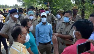 अलीगढ़ में जहरीली शराब से अबतक 28 लोगों की मौत, दोषियों के संपत्ति की निलामीं से पीड़ित परिवार को मिलेगा मुआवजा