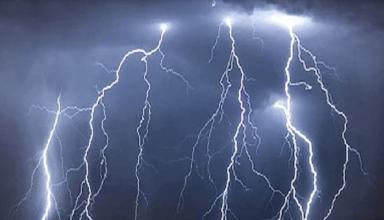 बंगाल में आकाशीय बिजली का कहर, 3 जिलों में 13 लोगो की मौत