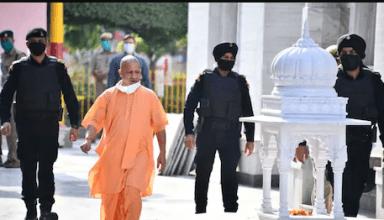 पार्टी में चल रहे हलचल के बीच CM योगी ने दिल्ली की तरफ किया कूच, आज अमित शाह से और कल PM मोदी से होगी मुलाकात