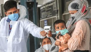 आगरा जिले में धीरे-धीरे फिर बढ़ रहा कोरोना संक्रमण, तेजी से हो रहा वैक्सीनेशन, बचाव की जरुरत