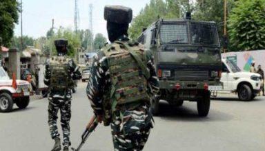 जम्मू-कश्मीर के सोपोर में पुलिस और CRPF की संयुक्त टीम पर हमला, 2 पुलिसकर्मी शहीद, 2 नागरिकों की मौत