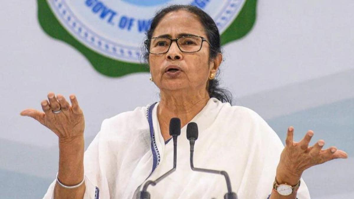 दिल्ली दौरे पर आई ममता ने किया केंद्र सरकार पर बड़ा हमला, कहा- हमने 'अच्छे दिन' बहुत देख लिए, अब हम 'सच्चे दिन' देखना चाहते हैं