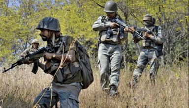 जम्मू-कश्मीर: कुलगाम में सुरक्षाबलों ने 24 घंटे पांच आतंकियो को किया ढ़ेर, इस साल में अब तक 71 आतंकी मारे गये