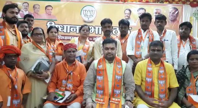 योगी सरकार के फैसले से 'सपा' को लगी मिर्ची, BJP नेता ने पलटवार कर कहा- सपा यूपी में चाहती है तालिबान शासन