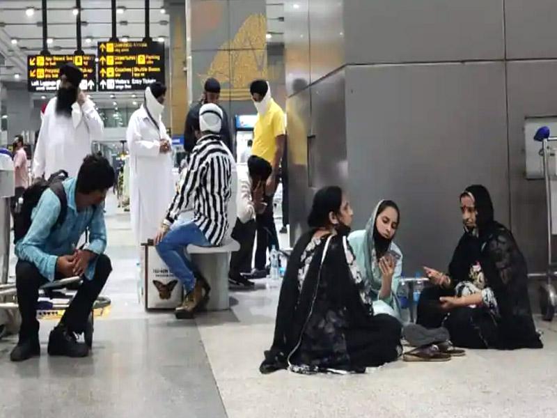 अफगानिस्तान से रेस्क्यू कर भारत लाए गए 78 यात्रियों में 16 कोरोना पॉजिटिव, तीन ग्रंथी भी कोरोना वायरस की चपेट में