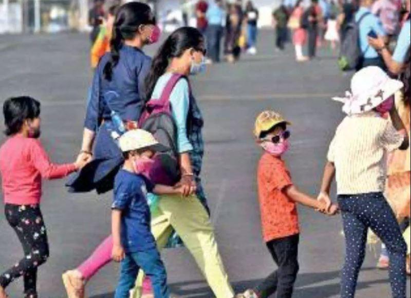 देश में लगातार कम होते कोरोना मामलों के बीच मुंबई ने बढ़ाई चिंता, 22 बच्चे कोरोना पॉजिटिव, चार 12 साल से कम