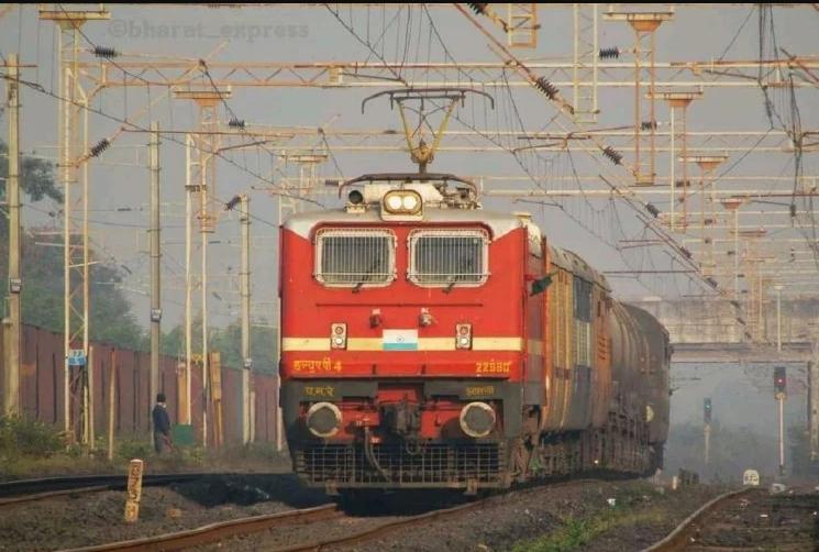 रेलवे दशहरा, दिवाली व छठ पूजा के लिए चलायेगी 40 जोड़ी विशेष ट्रेनें, यात्रियों को नहीं होगी परेशानी