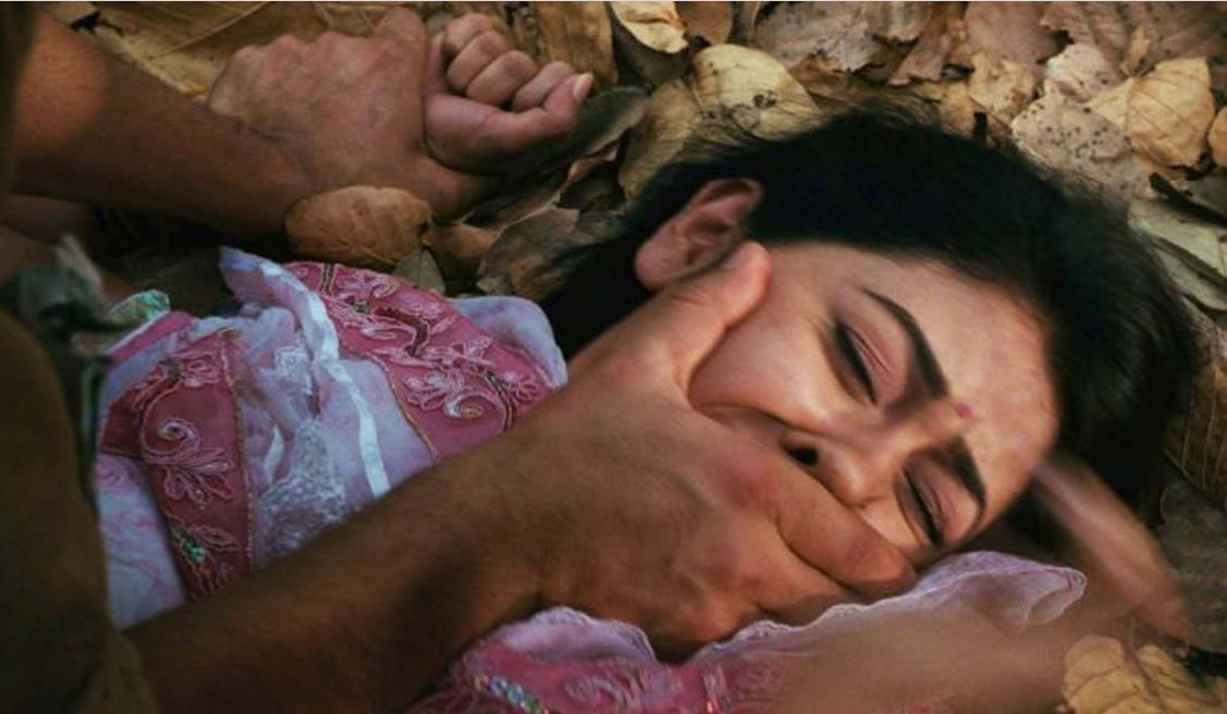 सहेली का भाई अश्लील वीडियो दिखाकर युवती से करता रह बलात्कार, ऐसे हुआ मामले का खुलासा