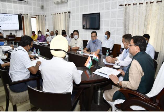 Uttarakhand: उच्च स्तरीय बैठक में CM धामी का ऐलान, भव्य और दिव्य बनाया जाएगा सैन्य धाम