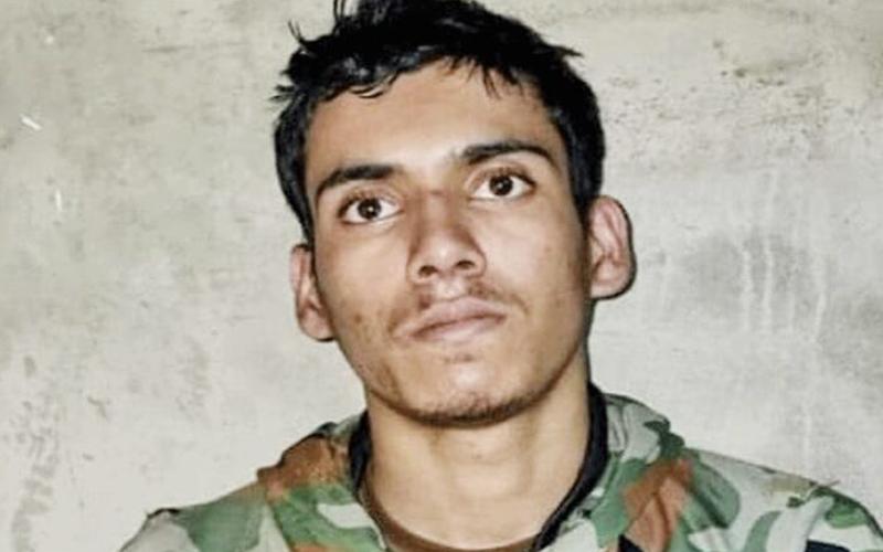 उरी से गिरफ्तार आतंकी ने कैमरे पर खोली पाकिस्तान की पोल, वीडियो में बताया वो सच्च जिसे छिपा रहा था पाकिस्तान; देखें वीडियो