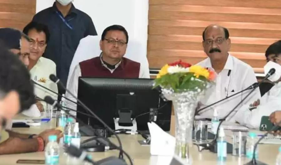 Uttarakhand: विकास कार्यों का अचानक निरीक्षण करने ऋषिकेश पहुंचे CM धामी, दिए ये निर्देश
