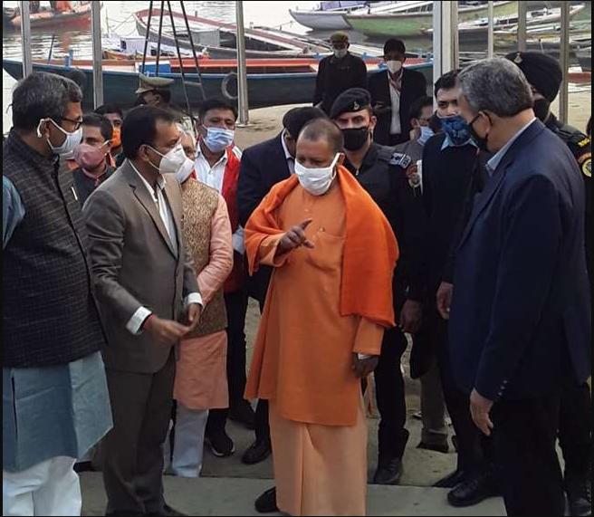 वाराणसी में CM योगी ने किसान महापंचायत पर कसा तंज, कहा- किसान खुश हैं, उनके नाम पर दलाली करने वाले परेशान