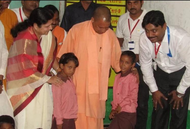 योगी सरकार सूबे के इन बच्चों को 'बाल सेवा योजना' से जोड़ेगी, मिलेंगे दो हजार प्रति माह