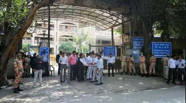 गोगी शूटआउट मामले में दिल्ली पुलिस की बड़ी कामयाबी, दो संदिग्ध गिरफ्तार; पूछताछ में बड़ा खुलासा