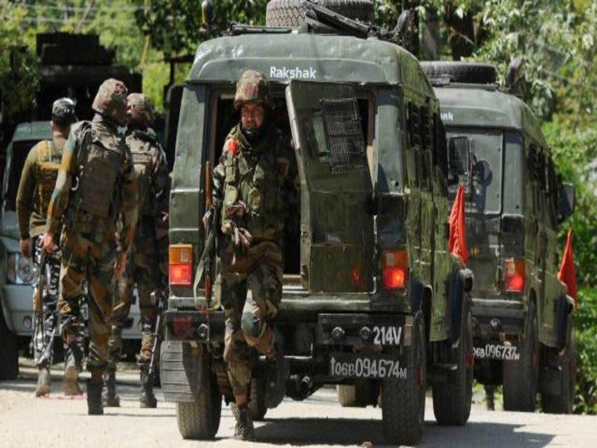 जम्मू-कश्मीर : घाटी में तैनात केंद्रीय सुरक्षा बलों पर 'संकट', बंद हुई 'जम्मू-श्रीनगर' रूट पर हवाई यात्रा सेवा, पुलवामा हमले के बाद…
