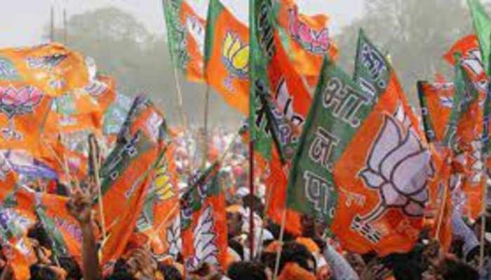 UP Election 2022: यूपी विधानसभा चुनाव के लिए BJP ने की एक खास व्यूह की रचना, तैयार की सुपर-30 टीम, जानें किसे मिली जगह