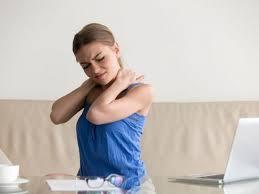 गर्दन के दर्द के लिए 3 अति-प्रभावी योग आसन