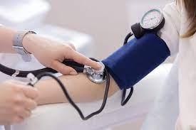 जानिए कैसे करें घर पर अपने रक्तचाप की जांच