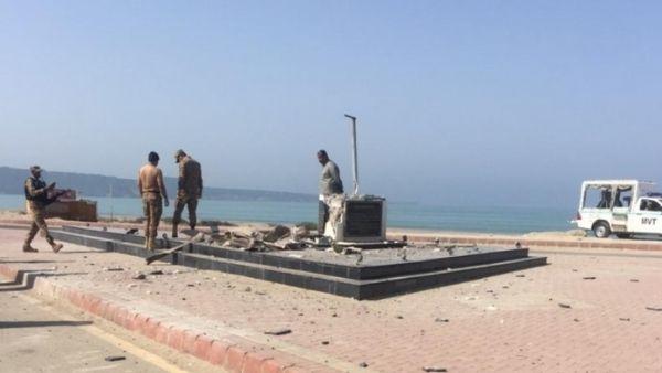 बड़ी खबर : बलूच आतंकवादियों ने उड़ाया पाकिस्तान के संस्थापक जिन्ना की मूर्ति, इस संगठन ने ली जिम्मेदारी