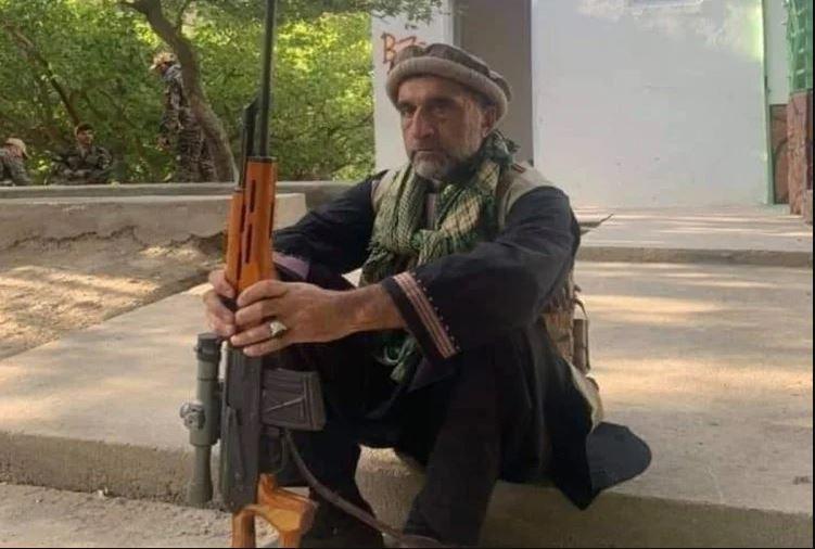 अफगानिस्तान में तालिबान के खिलाफ लड़ाई लड़ रहे अमरुल्लाह सालेह के बड़े भाई की तालिबना ने की हत्या, उतारा मौत के घाट
