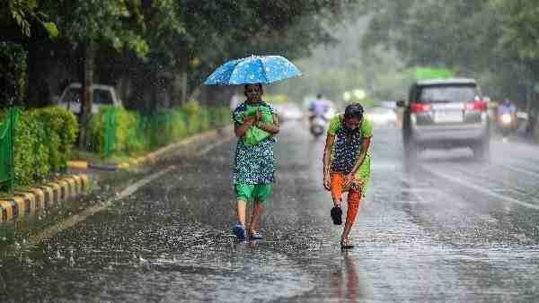 भारी बारिश को लेकर मौसम विभाग ने जारी किया अलर्ट, अगले 24 घंटों के लिए उत्तर प्रदेश के इन जिलों में रेड अलर्ट